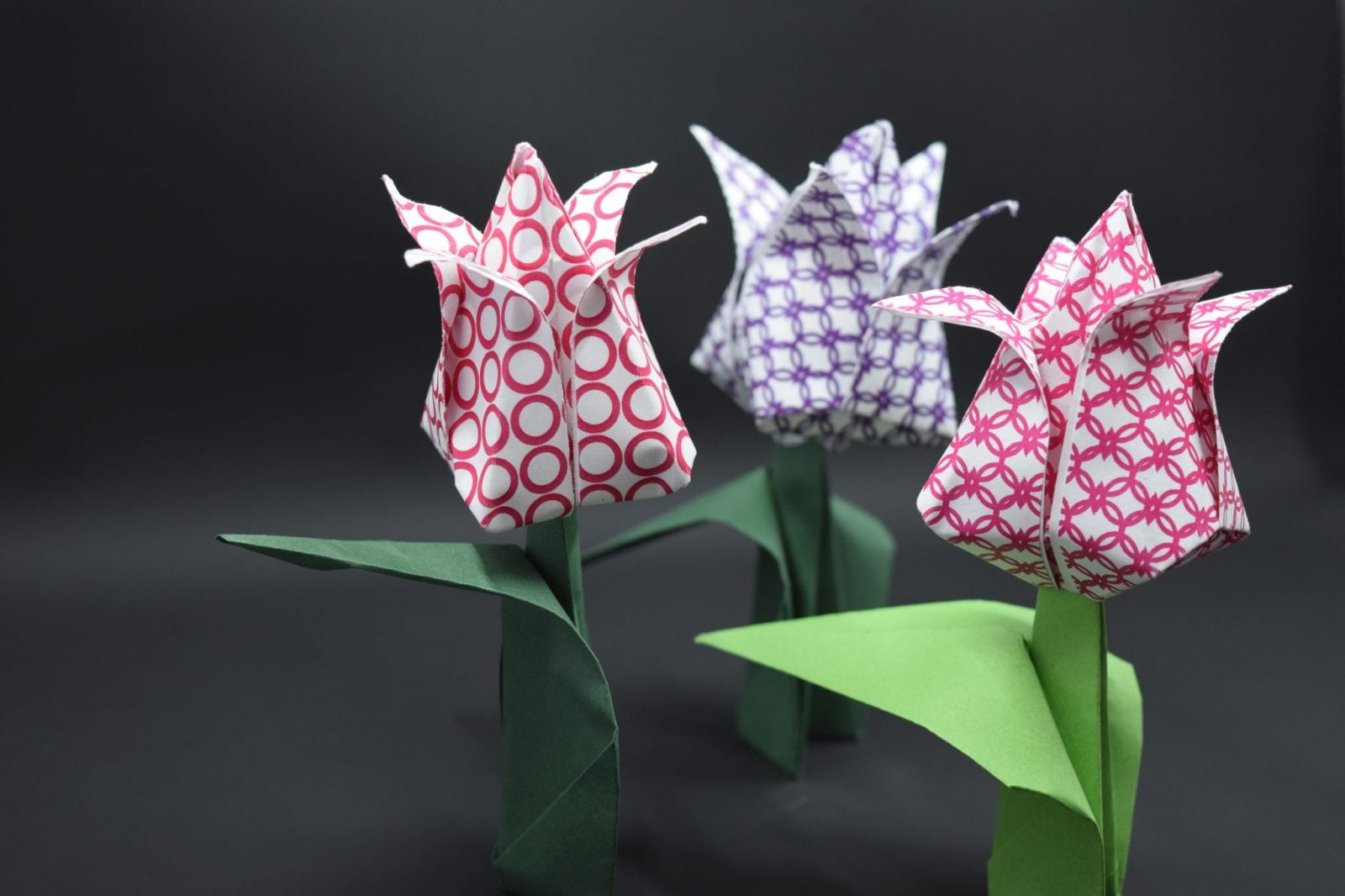 How to fold paper tulips fave mom jeuxipadfo Image collections