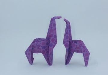 make an origami giraffe | Favemom.com
