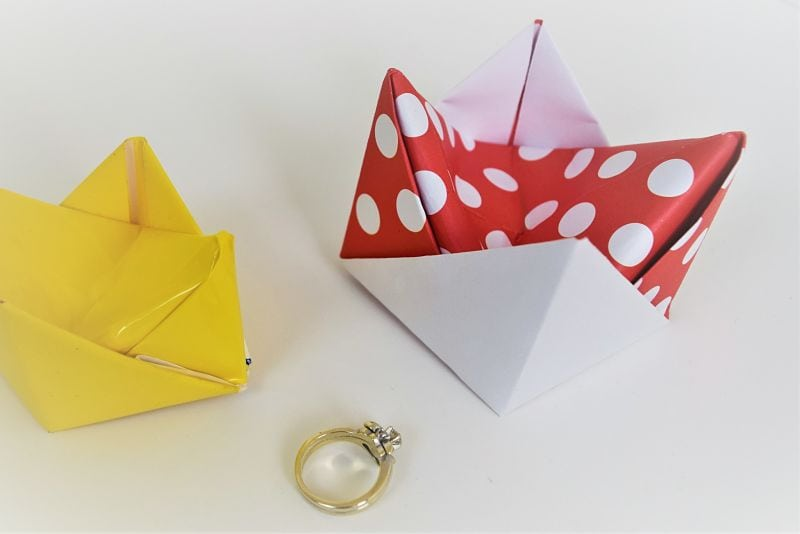 How to fold an origami ring holder dish