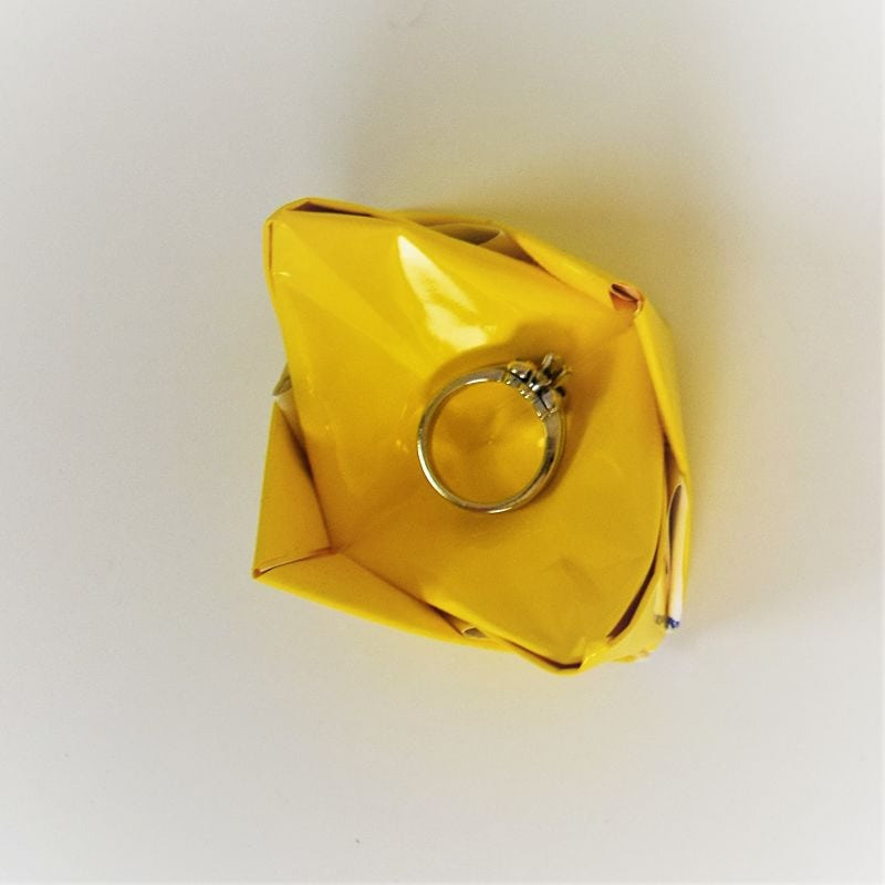 How to fold an origami ring holder dish | FAvemom.com