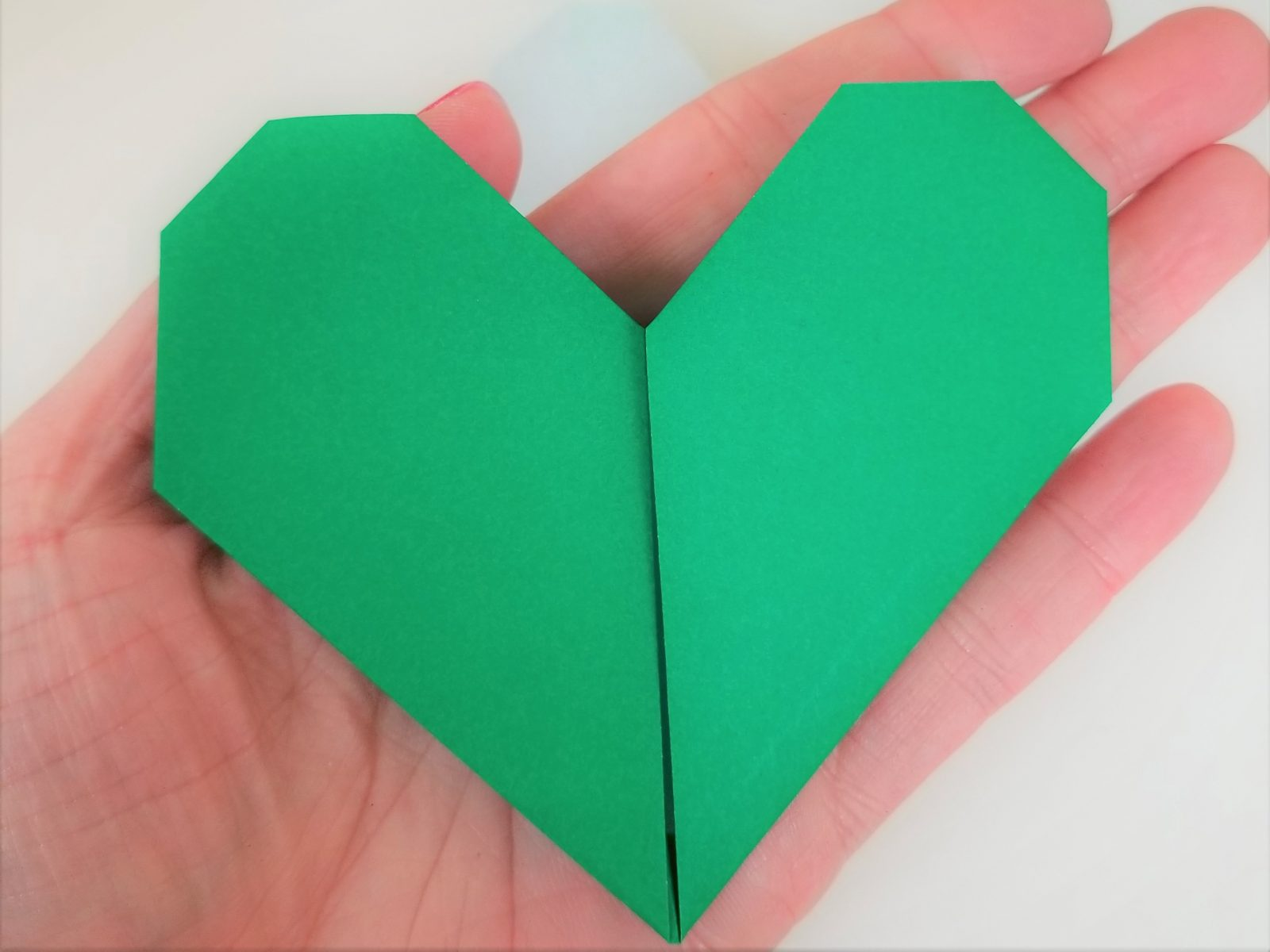 How to Fold a Dollar Bill Into an Origami Heart | HGTV | 1200x1600