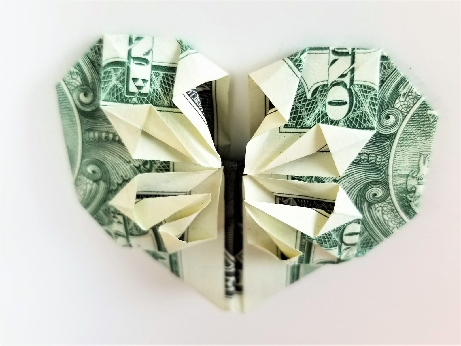 Origami Heart Ideas and How-to | The Dating Divas | 1200x1600